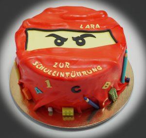 Zur einschulung eine lego ninjago torte verzuckart for Decorazioni torte ninjago